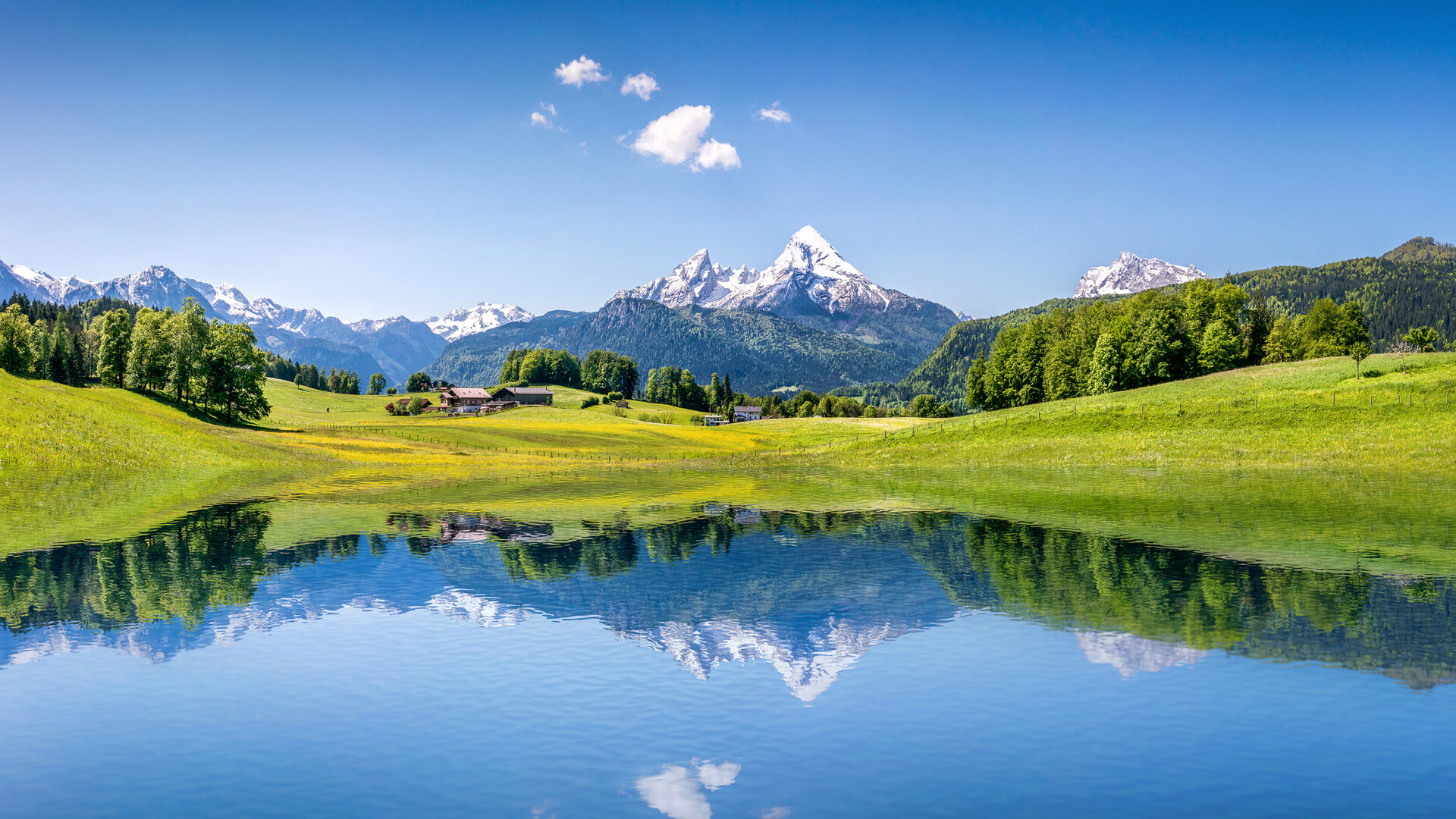 View of the Swiss Alps with a lake in front