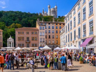 An outdoor market in Lyon
